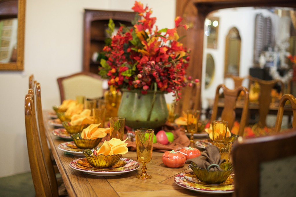 Traditional Thanksgiving Tablescape